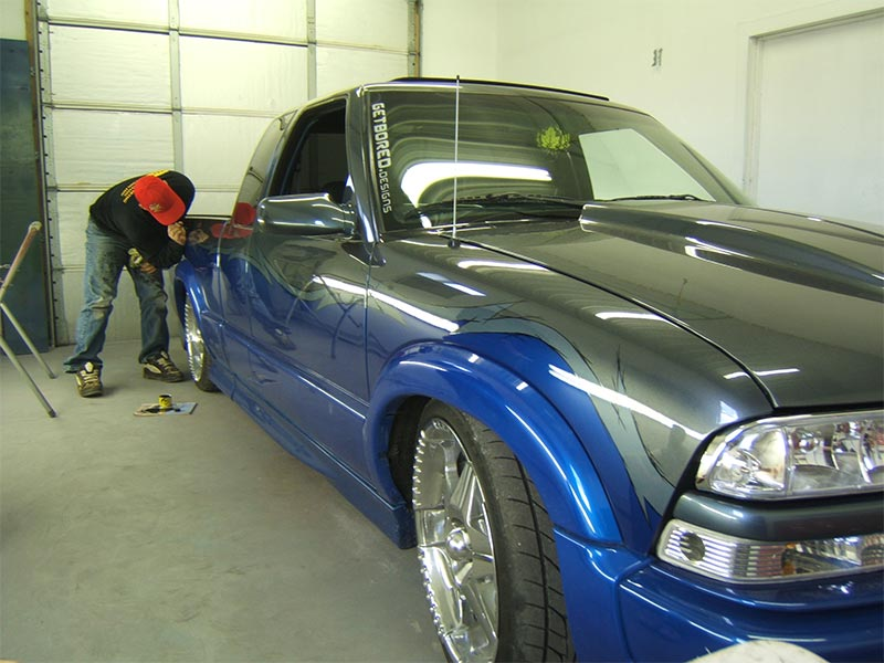 Car paint restoration cost car paint and painting services for Body paint auto
